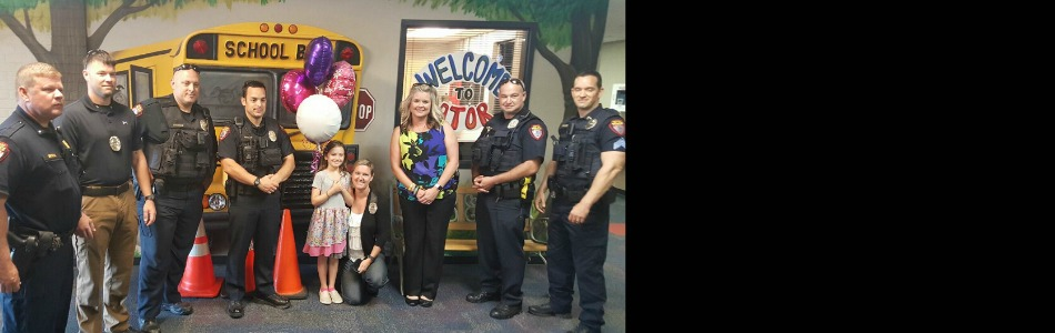 Owasso officers surprise daughter of mobilized officer on for Acapulco golden tans salon owasso ok