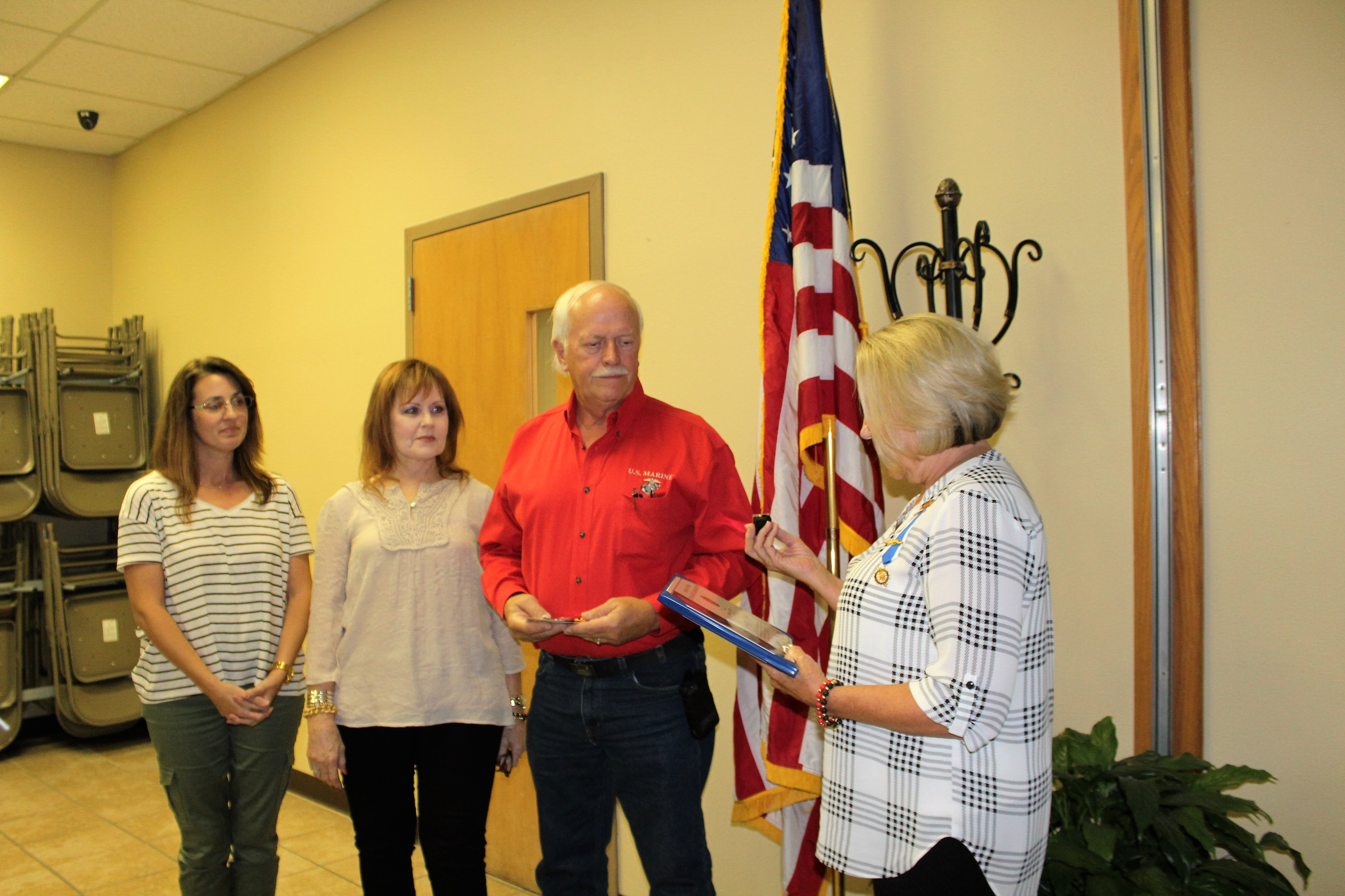 Owasso chapter inducts new member and presents vietnam war for Acapulco golden tans salon owasso ok