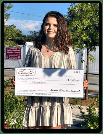 Avery Bieri Receives $5,000 Owasso Character Council Scholarship