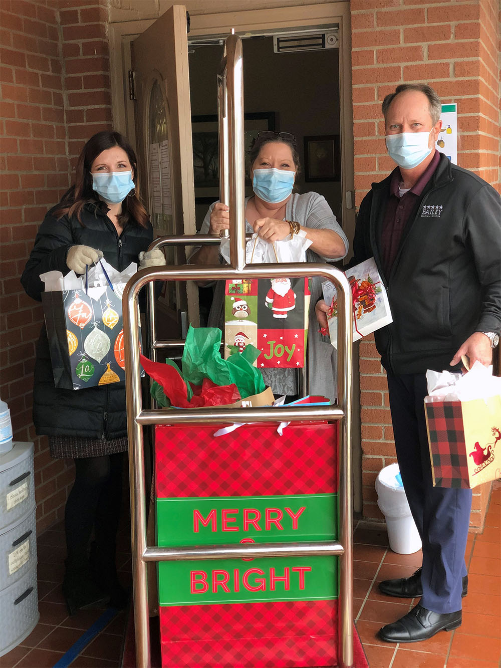 Bailey Medical Center Adopts North County Senior Living Center in Collinsville for Christmas